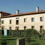 Palacio Iturrate con viviendas adosadas por Eginetxe